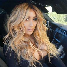Hair on fleek! Hair Inspo, Hair Inspiration, New Hair, Your Hair, Honey Blonde Hair, Blonde Balayage, Hair Today, Gorgeous Hair, Pretty Hairstyles