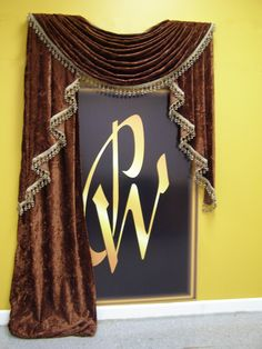 Easy, Quick, Looks Custom and AFFORDABLE !!!!!!!!!!   http://www.pamperedwindows.com/PW_Unlimited_Drapery_Sn.php