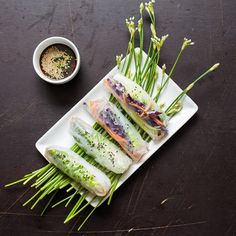 Starter: Raw Veggie Vietnamese Spring Rolls