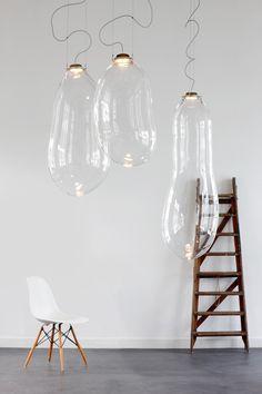 als je een hoog plafond en een grote ruimte hebt zou deze lamp mooi in de badkamer kunnen | verkrijgbaar via de Worskhop of Wonders- Utrecht