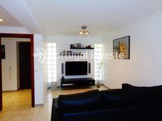 Vende Apartamento T3, com atualizações, no Monte da Caparica - Portugal Investe