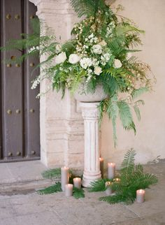 ceremony design shape in antique basket at altar per John's description $150