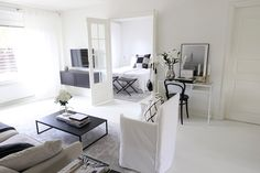 Homevialaura | monochrome home | modern classic interior | neutral decor | Gervasoni Ghost