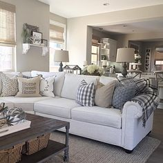 Cozy Livng Room Ideas (6) – The Urban Interior Modern Farmhouse Living Room Decor, Cozy Living Rooms, Home Living Room, Living Room Designs, Farmhouse Style, Rustic Farmhouse, Modern Living, Apartment Living, Farmhouse Ideas