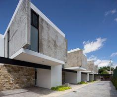 arquitectos uses intersecting elements on façade of mexican housing complex Minimalist Architecture, Modern Architecture House, Facade Architecture, Amazing Architecture, Duplex Design, Townhouse Designs, Habitat Groupé, Design Exterior, Commercial Architecture