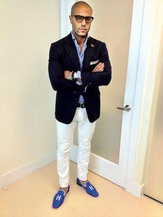 Angel Ramos from Angel Bespoke Mens Style Guide, Men Style Tips, Angel Bespoke, Stylish Men, Men Casual, Velvet Slippers, White Slippers, Mens Fashion Blog, Men's Fashion