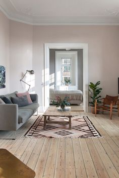 pink living room with gray sofa # living room decoration pink living room with gray sofa - Wohnaccessoires Ideen Living Room Planner, Pink Living Room, Decor, Living Room Inspiration, Grey Sofa Living Room, Living Room Decor Apartment, Home And Living, Living Room Sofa, Living Room White
