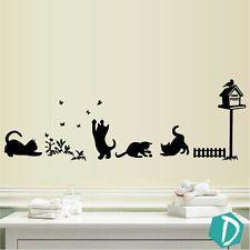 Adhesivo Vinilo Pared Gatos Jugando Césped Mariposas Arte Mural