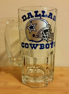 Dallas Cowboys hand painted 34 oz Super Beer Mug – Audra& . Monogrammed Glasses, Personalized Wine Glasses, Personalized Cups, Dallas Cowboys Decor, Dad Mug, Mason Jar Gifts, Beer Mugs, Custom Tumblers, Etched Glass