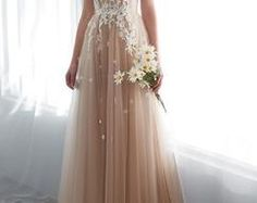 2018 Long Sleeve Gold Prom Dresses,Long Evening Dresses,Prom Dresses On Sale Want a glamorous red carpet look for a fraction of the price? Gold Prom Dresses, Unique Prom Dresses, Prom Dresses For Sale, Dance Dresses, Bridesmaid Dresses, Wedding Dresses, Party Dresses, 19 Days, Dream Dress