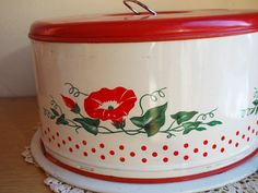 Vintage Aluminum Tin Cake Carrier Holder Keeper by MostlyMadelines