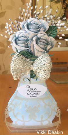 Beautiful Flower Arrangements, Floral Arrangements, Beautiful Flowers, Lace Vase, Tattered Lace Cards, Easel Cards, Cards For Friends, Carnations, 3 D