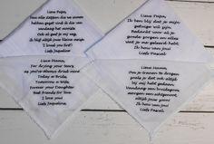 zakdoekjes wedding met tekst geborduurd in het zwart. http://www.borduurkoning.nl/shop/Bruiloft