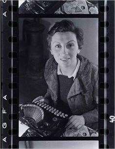 Gerda Taro, Paris - 1935, by Fred Stein