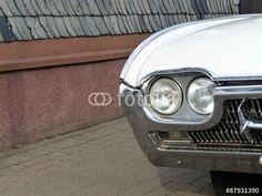 Weißer Ford Thunderbird der Sechziger Jahre bei den Golden Oldies in Krofdorf-Gleiberg