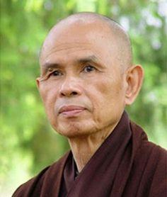 """Se não podemos compreender e amar a nós mesmos, como vamos ter a energia para amar e compreender os outros?"""" - Thich Nhat Hanh   #now #nowmaste #namaste"""