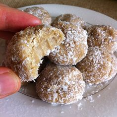 .@fitalicious_me | OMG MAPLE COCONUT PROTEIN BITES Here is what u need: 4 scoops Vanilla Pr...