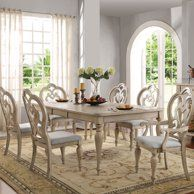 Shabby chic dining room _ shabby chic esszimmer _ salle à manger shabby chic _ comedor shabby chic _ shabby chic dining decor, shabby chic dining room, shabby chic dining table, modern shabby chic dining, shabby chic dining chairs White Dining Room Table, French Country Dining Table, Dining Table With Leaf, Shabby Chic Dining Room, Country Dining Rooms, Dining Room Sets, Dining Room Design, Round Dining, Country Bathrooms