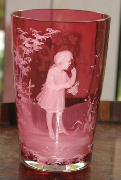 Antique : An attractive Victorian large Mary Gregory type cranberry Beaker
