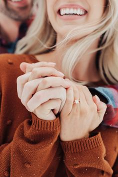 Snowy engagement session in big cottonwood canyon. Winter Engagement Pictures, Engagement Photo Outfits, Engagement Photo Inspiration, Fall Engagement, Engagement Couple, Engagement Session, Engagment Poses, Engagements, Outfits For Engagement Pictures