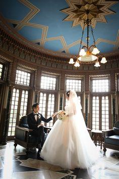 Wedding Dresses, Color, Fashion, Bride Dresses, Moda, Bridal Gowns, Fashion Styles, Weeding Dresses, Colour