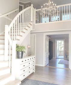 on Insta Web Viewer Dream House Interior, Dream Home Design, My Dream Home, Home Interior Design, Staircase Remodel, Barbie Dream House, House Stairs, Deco Design, Staircase Design