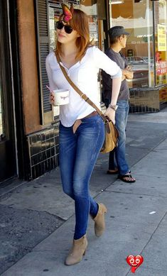 These boots were made for walkin Emma Stone - seriously my favorite of young Hollywood!<br> I LOVE Emma Stone's boots. Mega cute.