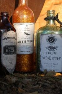DIY Halloween Glitter Bottles