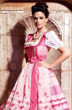 #Farbbberatung #Stilberatung #Farbenreich mit www.farben-reich.com Wedding dirndl, very elegant. Hochzeitsdirndl Krüger - Krüger Manufaktur