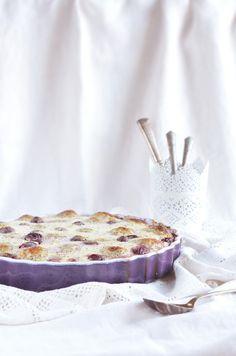 Sütőben sült mákos túrógombóc meggyel Oven baked poppy seed cottage cheese dumplings with sour cherry Naan, Stevia, Camembert Cheese, Mousse, Food, Diet, Essen, Meals, Yemek