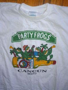 PARTY FROGS White Tshirt Tee Senor Frogs Music Band Cancun Mexico XL  #MOKNITS #GraphicTee