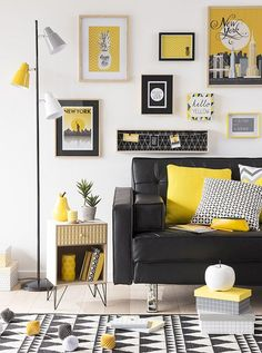 Alluring Yellow Living Room Design and Decor Living Room Decor Colors, Colourful Living Room, Cozy Living Rooms, Home Living Room, Living Room Designs, Bedroom Decor, Living Area, House Colors, Interior Design