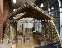 Trash Cafe: Newcastle Students Unveil Pop-Up Coffee Shop Made From Recycled Cardboard Pop Display, Display Design, Store Design, Pop Up Cafe, Newcastle University, Canapé Design, Design Ideas, Eco Architecture, Green Building