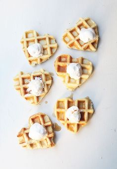 Valentine's Day food, heart shaped waffles, waffles and ice cream, wedding snacks, wedding food Recipe Of The Day, Chocolates, Love Food, Valentines Day, Valentine List, Saint Valentine, Food Photography, Sweet Treats, Food And Drink