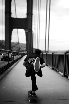 #planetsports #youneverridealone #skateboarding