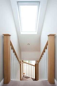 Velux over stairs : Windows & doors by Lofts and Extensions Here you will find photos of interior design ideas. Get inspired! Bungalow Loft Conversion, Loft Conversion Stairs, Attic Conversion, Loft Conversions, Loft Conversion New Build, Stairs Window, Roof Window, Attic Bedroom Designs, Bedroom Loft