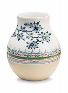 d4f81696330 Non-Temporary Large vase Jongeriuslab Aardewerkontwerpen, Keramisch  Aardewerk, Keramische Vaas, Aardewerk,