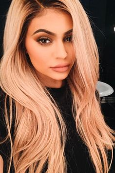 Kylie Jenner Shows Off A Peachy Pastel Wash Via Instagram