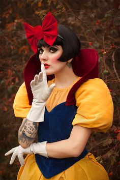 Snow white by Lucylle.deviantART.com #cosplay