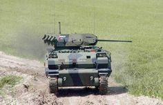 ZMA UKK, ZMA araç ailesinin Uzaktan Komutalı Kule'ye sahip Zırhlı Muharebe Aracı versiyonudur. Araçta; 25 veya 30mm otomatik toplu, stabilizasyona sahip, uzaktan komutalı PENÇE kulesi mevcut olup, komutan, nişancı ve sürücü dahil 13 kişilik personel taşıma kapasitesine sahiptir.
