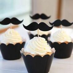 moustache_cake_wraps_and_toppers