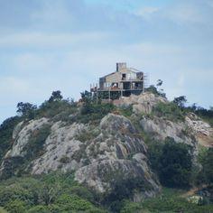 A casa em cima da rocha