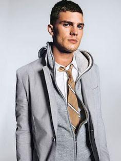 The Vital 5 Dress for Success Men's Fashion Laws Mens Clothing Trends, Men's Clothing, Mens Fashion, Fashion Outfits, Fashion Tips, Boy Fashion, Fashion Ideas, Fashion Trends, Gq Magazine
