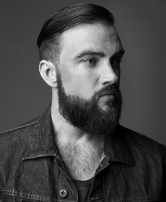 Scotch & Soda: PortraitsRodger Hoefel, Graphic Designer    http://www.scotch-soda.com/campaigns/portraits/#portrait-28_rodger