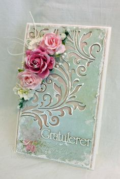 RANDI'S LILLE BLOGG: Shabby chic. Sizzix Mixed Media #2 Thinlits by Tim Holtz. Flowers are a little much...