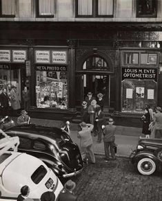 Weegee - Arrests made during a gambling raid in lower Manhattan's Liberty Street, October 1942 Weegee Photography, Vintage Photography, Street Photography, Landscape Photography, Urban Photography, Love Is, Black White, Lower East Side, Make Photo