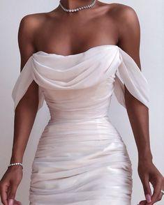 Fancy dresses - Solid Color Backless Dress from Fashion designer – Fancy dresses Pretty Dresses, Women's Dresses, Beautiful Dresses, Fashion Dresses, Backless Dresses, Elegant Dresses, Fashion Fashion, Fashion Clothes, Fashion Women