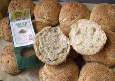 W Mojej Kuchni Lubię.. : bułki pszenno-żytnio-grahamkowe z selerem suszonym...