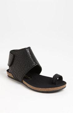 Get on my feet! \\\ Pedro Garcia 'Vania' Flat Sandal