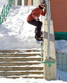 #SnowboardWomenWednesday Who else loves a good urban snowboard session??? Let us know in the comments below  . . . : @melissariitano with @toohardsquad : @chipproulx #PeakSnowboarding #Snowboard #Snowboarding #Snowboarder #Shredding #Snow #PicOfTheDay #wcw #UrbanSnowboarding #Rail #Boarding